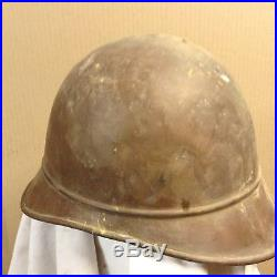 3 casques et 3 aigles laiton repoussé militaire