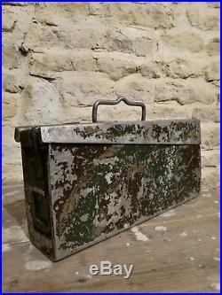 Ancienne caisse MG allemande en aluminium camouflé 3 tons Normandie 1944