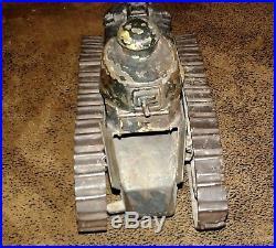 Artisanat de tranchée poilu tank Renault FT 1914-1918 char de combat briquet