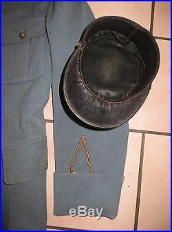 Bel ensemble Veste et Képi d' un adjudant du 31 ème Régiment d' Artillerie