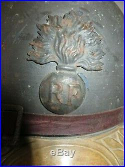 Casque ADRIAN'Infanterie, peinture bleu-horizon, attribué à un Captitaine, 14-18