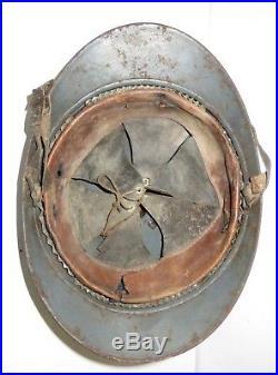 Casque ADRIAN de Chasseur, modèle 1926, peinture bleu-horizon, 1 ère guerre