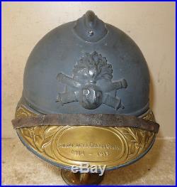 Casque ADRIAN de l' Artillerie modèle 1915, peinture bleu horizon. 1914-18