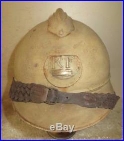 Casque ADRIAN de l' Infanterie modèle 1915, peinture bleu horizon. 1 ère Guerre