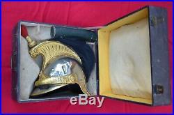 Casque du 8ème cuirassier mle1874, troupe, nominatif, dans sa boite de transport