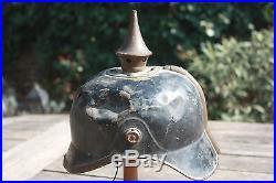Casque à pointe allemand sorti de grenier Pickelhaube / Spike helmet