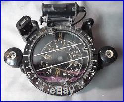 Compas D'aviation Militaire De Type H. A 83 Fabrique Par Vion. Paris
