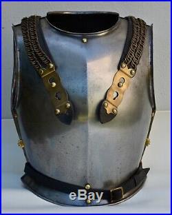 Cuirasse de cuirassiers français mle 1855/91 éléments appariés, cuirs d'origine