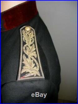 Médecin Major 2ème classe (capitaine) en tenue 1893