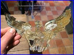 Rare Aigle De Casque Grenadier Impacte Par Eclat D Obus