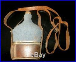 Très beau bidon de Cavalerie modèle 1884, housse en drap bleu horizon, bien jus